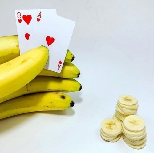 Banana playing poker